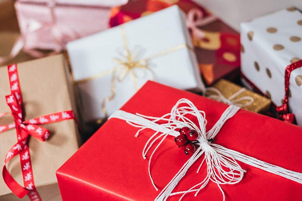 6 idei de cadouri practice de Crăciun